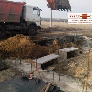Выемка и перемещение грунта спецтехникой в Курске (1)