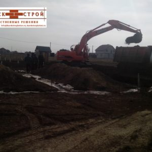 Выемка и перемещение грунта спецтехникой в Курске (4)